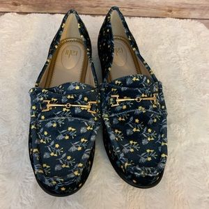 Cabi Loafers NWOT Size 9